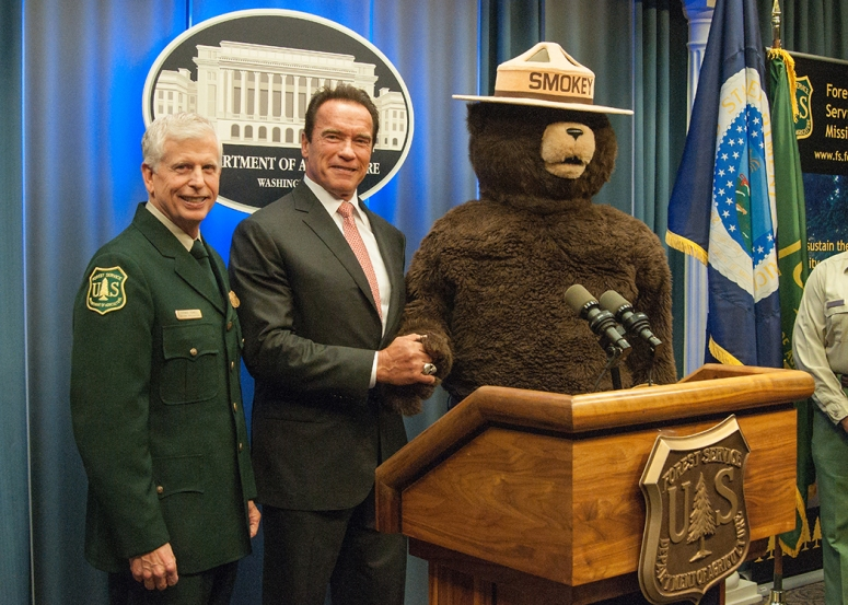 Smokey bear and arnold.jpg